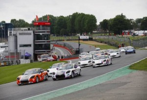 W2R Motorsport Continue Double Title Charge In Ginetta G40 Cup Image